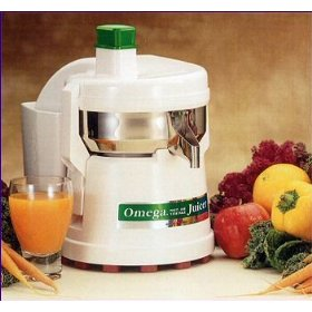Omega Fruit and Vegetable Juicer