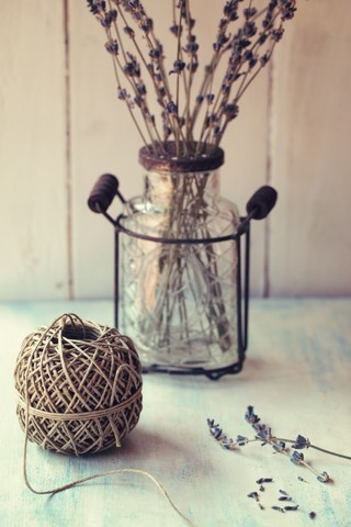 Country decor accessories of a glass jar and lavander