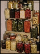 Home canning fruit and vegetables