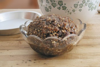 homemade mincemeat in glass bowl