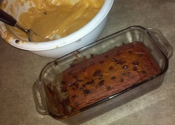 Batter with cooked pumpkin and date loaf.