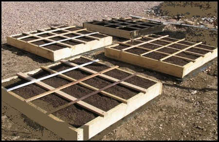 A Square Foot Gardening Layout And Great Tips For Garden Designs