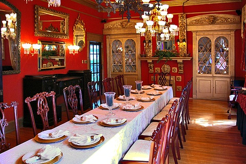 A Dining Room In Victorian Country Home